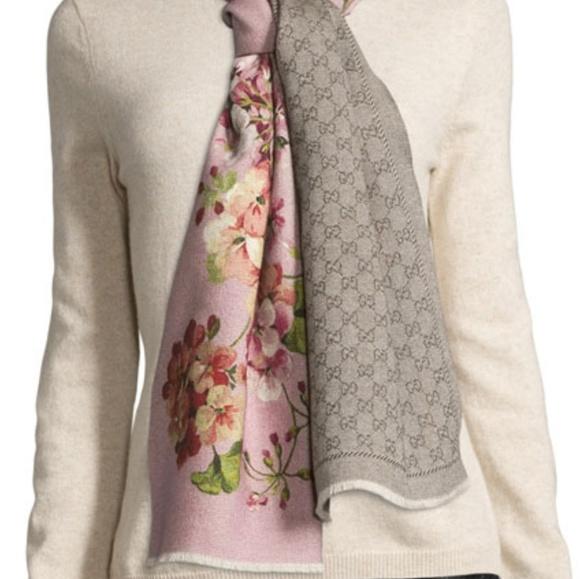 ec8a5a948caa5 Gucci Accessories - Gucci Orophin Wool Floral   Stencil Scarf